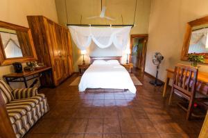 Kumbali Country Lodge, Bed and breakfasts  Lilongwe - big - 4