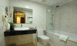 West Lake Home Hotel & Spa, Hotels  Hanoi - big - 16