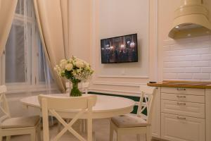 Revelton Suites Karlovy Vary, Ferienwohnungen  Karlsbad - big - 10