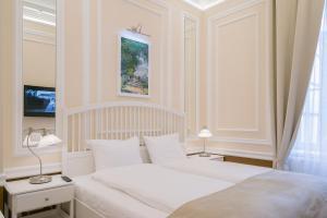 Revelton Suites Karlovy Vary, Ferienwohnungen  Karlsbad - big - 19