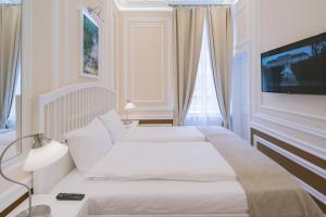 Revelton Suites Karlovy Vary, Ferienwohnungen  Karlsbad - big - 26