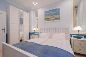 Revelton Suites Karlovy Vary, Ferienwohnungen  Karlsbad - big - 42