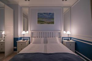 Revelton Suites Karlovy Vary, Ferienwohnungen  Karlsbad - big - 44