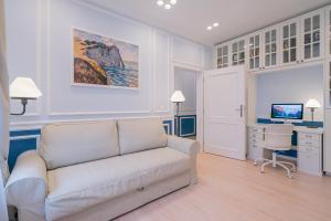 Revelton Suites Karlovy Vary, Ferienwohnungen  Karlsbad - big - 45