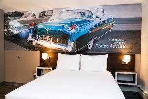 Cadillac Motel Niagara