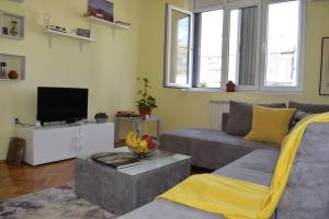 Regina's Central Street Apartment, Apartmány  Skopje - big - 3