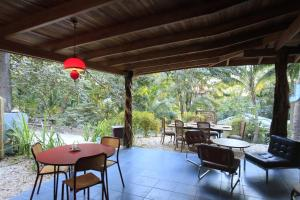 Makanas B&B, Bed & Breakfast  Santa Teresa Beach - big - 32