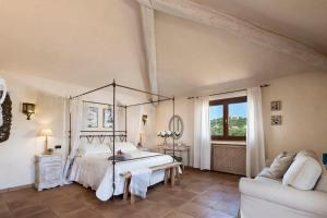 Villa Hortensia, Bed & Breakfast  Arzachena - big - 10