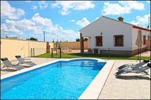 Chalet Vigia, Prázdninové domy  Conil de la Frontera - big - 24