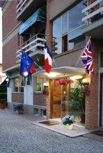 Hotel Michela, Отели  Марина-ди-Масса - big - 27