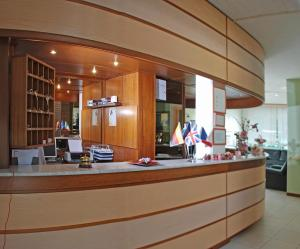 Hotel Michela, Отели  Марина-ди-Масса - big - 36