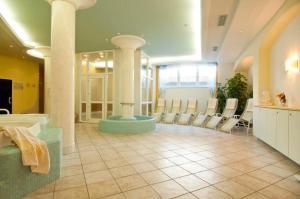 Park Hotel Bellevue, Hotely  Dobbiaco - big - 22