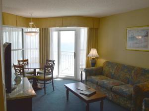 Carolinian Beach Resort, Hotely  Myrtle Beach - big - 82