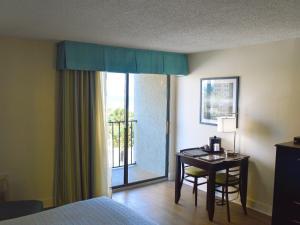 Carolinian Beach Resort, Hotely  Myrtle Beach - big - 59