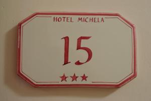 Hotel Michela, Отели  Марина-ди-Масса - big - 11