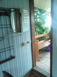 Guesthouse Peschanka, Penzióny  Mariupol' - big - 4
