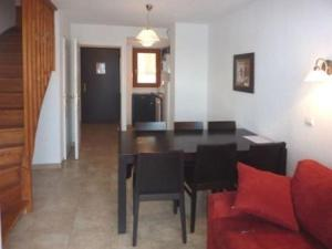 Rental Apartment La Combe D Or 9, Apartmány  Les Orres - big - 3