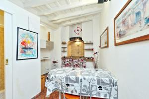 Sweet Life studio Rome, Apartments  Rome - big - 14