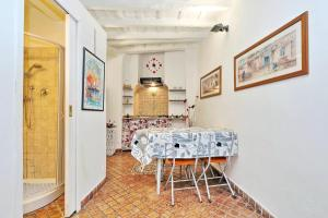 Sweet Life studio Rome, Apartments  Rome - big - 17