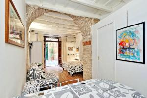Sweet Life studio Rome, Apartments  Rome - big - 21