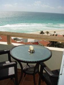 Ocean View Penthouse, Apartments  Cancún - big - 24