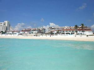 Ocean View Penthouse, Apartments  Cancún - big - 22