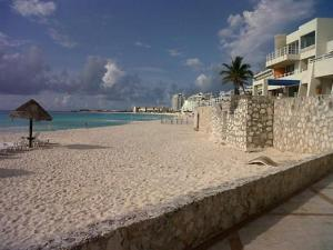Beach Front Penthouse, Appartamenti  Cancún - big - 23