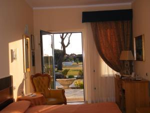 Alle Tamerici Hotel, Hotely  Ladispoli - big - 55