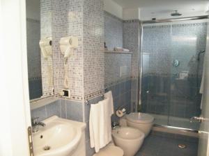 Alle Tamerici Hotel, Hotely  Ladispoli - big - 17