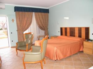Alle Tamerici Hotel, Hotely  Ladispoli - big - 15