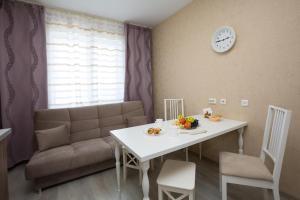 Apartments Etazhi na Kosmonavtov, Appartamenti  Ekaterinburg - big - 89