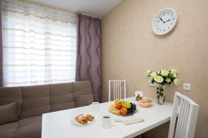 Apartments Etazhi na Kosmonavtov, Appartamenti  Ekaterinburg - big - 16