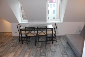 Three-Bedroom Apartment on Peldu 19, Ferienwohnungen  Riga - big - 10