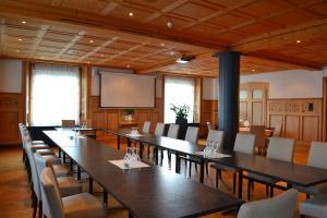 Hotel-Restaurant Bellevue, Hotely  Flims - big - 46