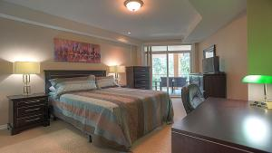 Discovery Bay Resort by kelownacondorentals, Apartments  Kelowna - big - 31