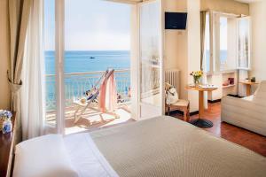Hotel Golfo E Palme, Hotel  Diano Marina - big - 8