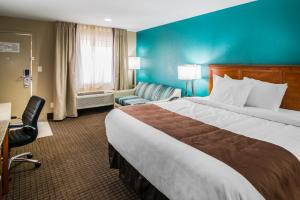 Quality Inn & Suites Near White Sands National Monument, Отели  Аламогордо - big - 2