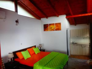 Karali Apartments, Apartmanok  Lagadin - big - 29
