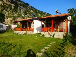 Karali Apartments, Apartments  Lagadin - big - 28
