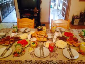 Nitsa Guest House, Penzióny  Gori - big - 44