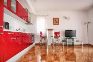 Apartments Villa Happy, Apartments  Tivat - big - 35
