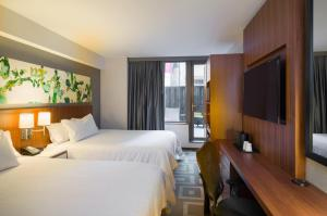 Hilton Garden Inn Central Park South, Hotely  New York - big - 38