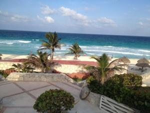 Beach Front Penthouse, Appartamenti  Cancún - big - 10