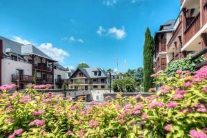 Zénitude Hôtel-Résidences l'Acacia Lourdes, Aparthotels  Lourdes - big - 19