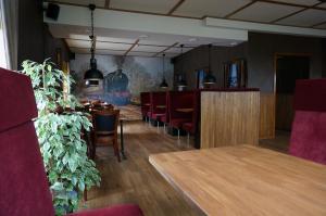 Lokus Hotell, Hotels  Lysekil - big - 28