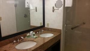 大号床套房 - 带2张大号床和按摩浴缸 - 禁烟