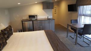 Ramada Suites by Wyndham Queenstown Remarkables Park, Szállodák  Queenstown - big - 9