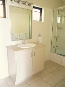 Yongala Lodge by The Strand, Residence  Townsville - big - 47