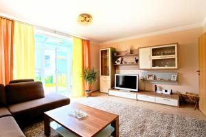 Best Private House Kamp (4173), Apartments  Hannover - big - 1
