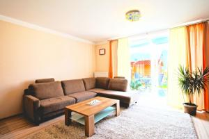 Best Private House Kamp (4173), Apartments  Hannover - big - 2